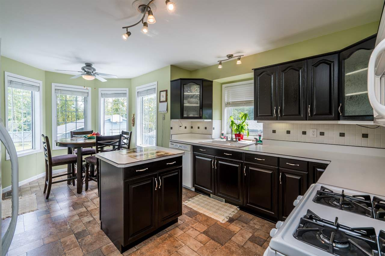 """Photo 8: Photos: 1726 SOMMERVILLE Road in Prince George: North Blackburn House for sale in """"SOMMERVILLE"""" (PG City South East (Zone 75))  : MLS®# R2102795"""