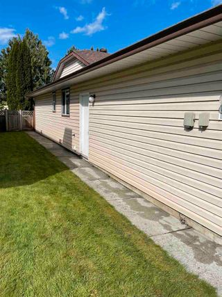 "Photo 9: 21911 126TH Avenue in Maple Ridge: North Maple Ridge House for sale in ""MOUNTAIN VIEW ESTATES"" : MLS®# R2557814"
