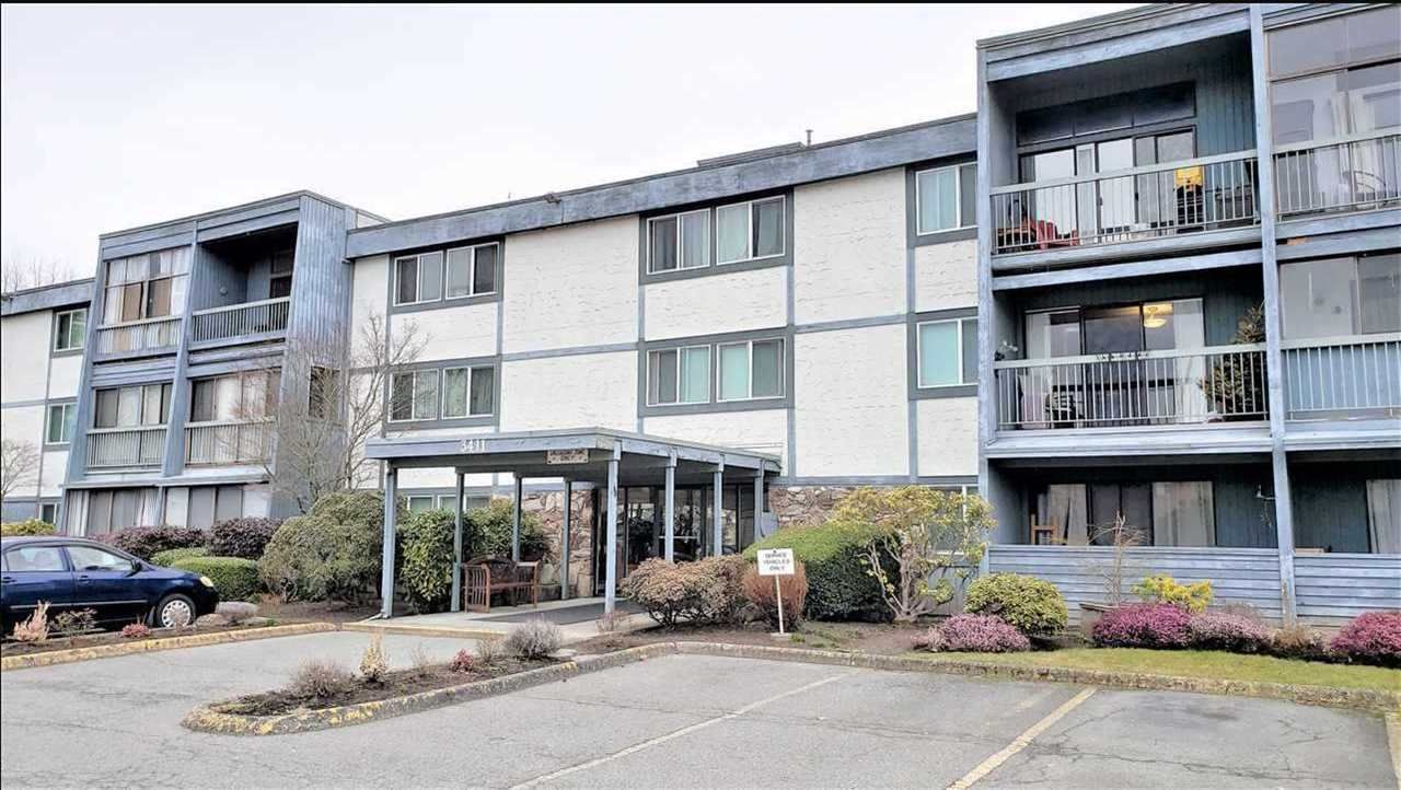 Main Photo: 112 3411 SPRINGFIELD Drive in Richmond: Steveston North Condo for sale : MLS®# R2478678
