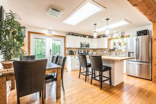 Photo 8: 1209 JUDD Road in Squamish: Brackendale 1/2 Duplex for sale : MLS®# R2224655