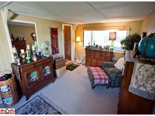 """Photo 10: 55 2303 CRANLEY Drive in White Rock: King George Corridor Manufactured Home for sale in """"SUNNYSIDE ESTATES"""" (South Surrey White Rock)  : MLS®# F1125566"""