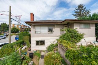 Photo 11: 400 E 1ST Street in North Vancouver: Lower Lonsdale House for sale : MLS®# R2612536