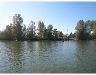 """Main Photo: 18471 RIVER Road in Richmond: East Richmond Land for sale in """"EAST RICHMOND"""" : MLS®# R2621101"""