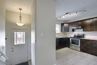 Photo 17: 2544 106 Avenue SW in Calgary: Cedarbrae Detached for sale : MLS®# A1102997