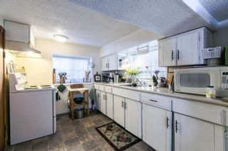 Photo 13: 266 E 17TH AVENUE in Vancouver: Main House for sale (Vancouver East)  : MLS®# R2075031
