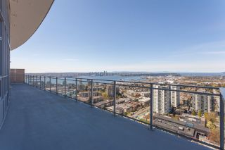 """Photo 5: 2403 125 E 14 Street in North Vancouver: Central Lonsdale Condo for sale in """"Centreview"""" : MLS®# R2542710"""