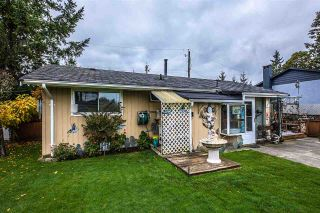 Photo 2: 6462 127A Street in Surrey: West Newton House for sale : MLS®# R2322540