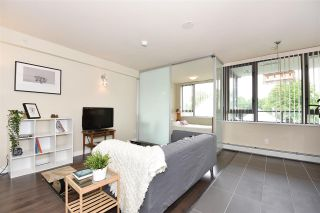 """Photo 3: 308 2689 KINGSWAY in Vancouver: Collingwood VE Condo for sale in """"Skyway Towers"""" (Vancouver East)  : MLS®# R2298880"""