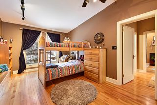 Photo 15: 3207 ALFEGE Street SW in Calgary: Upper Mount Royal Detached for sale : MLS®# A1055978