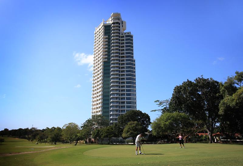 Main Photo: Coronado Golf Club - Condo with Golf Course and Mountain view
