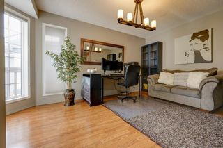 Photo 5: 208 Mt Selkirk Close SE in Calgary: McKenzie Lake Detached for sale : MLS®# A1104608