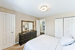 Photo 15: 127 Manora Drive NE in Calgary: Marlborough Park Detached for sale : MLS®# A1074589