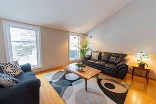Photo 2: 87 Brittany Drive in Winnipeg: Residential for sale (1G)  : MLS®# 202100356