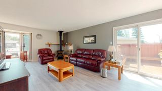 Photo 18: 220 HOMESTEAD Crescent in Edmonton: Zone 35 House for sale : MLS®# E4252303