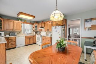 Photo 7: 638 ROBINSON Street in Coquitlam: Coquitlam West House for sale : MLS®# R2230447
