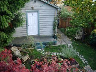 Photo 15: 1613 East 4th Avenue in Vancouver: Home for sale