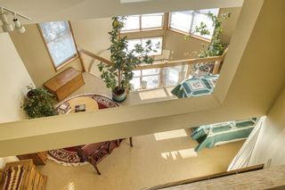 Photo 9: 232 2 Avenue NE in Calgary: Crescent Heights Detached for sale : MLS®# A1066844