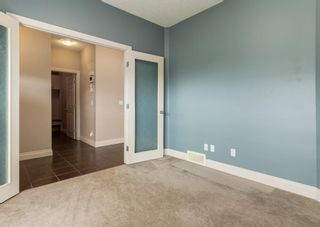 Photo 4: 301 Crystal Green Close: Okotoks Detached for sale : MLS®# A1118340