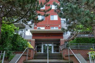 """Photo 34: 302 3240 ST JOHNS Street in Port Moody: Port Moody Centre Condo for sale in """"THE SQUARE"""" : MLS®# R2577268"""
