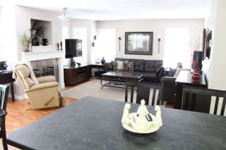 Photo 2: 23 9036 208 STREET in Langley: Walnut Grove Townhouse for sale : MLS®# R2211239