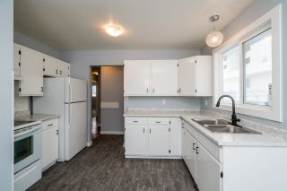 """Photo 11: 7585 LOYOLA Place in Prince George: Lower College 1/2 Duplex for sale in """"LOWER COLLEGE HEIGHTS"""" (PG City South (Zone 74))  : MLS®# R2423973"""