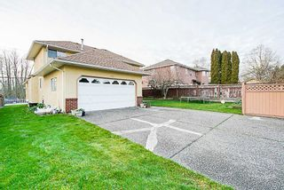 Photo 17: 8630 140 Street in Surrey: Bear Creek Green Timbers House for sale : MLS®# R2328898