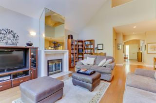 Photo 5: 4885 47 Avenue in Delta: Ladner Elementary Townhouse for sale (Ladner)  : MLS®# R2496861