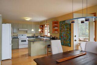 Photo 6: 5873 SKOOKUMCHUK Road in Sechelt: Sechelt District House for sale (Sunshine Coast)  : MLS®# R2202466