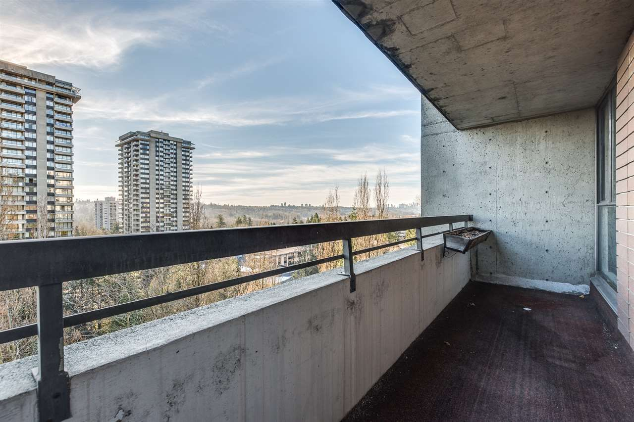 """Photo 20: Photos: 1004 3737 BARTLETT Court in Burnaby: Sullivan Heights Condo for sale in """"MAPLES AT TIMBERLEA"""" (Burnaby North)  : MLS®# R2522473"""