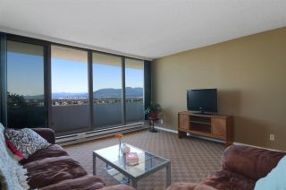 """Photo 2: 2104 5652 PATTERSON Avenue in Burnaby: Central Park BS Condo for sale in """"CENTRAL PARK PLACE"""" (Burnaby South)  : MLS®# R2096652"""
