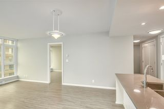 "Photo 11: 1709 520 COMO LAKE Avenue in Coquitlam: Coquitlam West Condo for sale in ""The Crown"" : MLS®# R2497727"