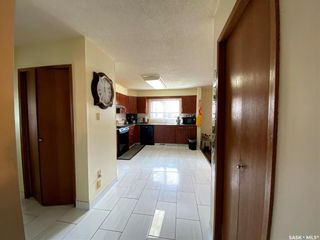 Photo 9: 239 Kenosee Crescent in Saskatoon: Lakeview SA Residential for sale : MLS®# SK850644