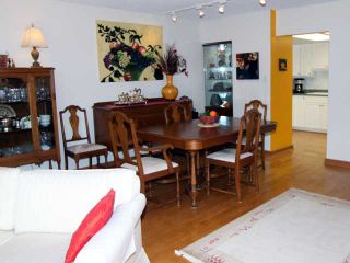 "Photo 6: 304 1450 PENNYFARTHING Drive in Vancouver: False Creek Condo for sale in ""HARBOUR COVE"" (Vancouver West)  : MLS®# V874456"