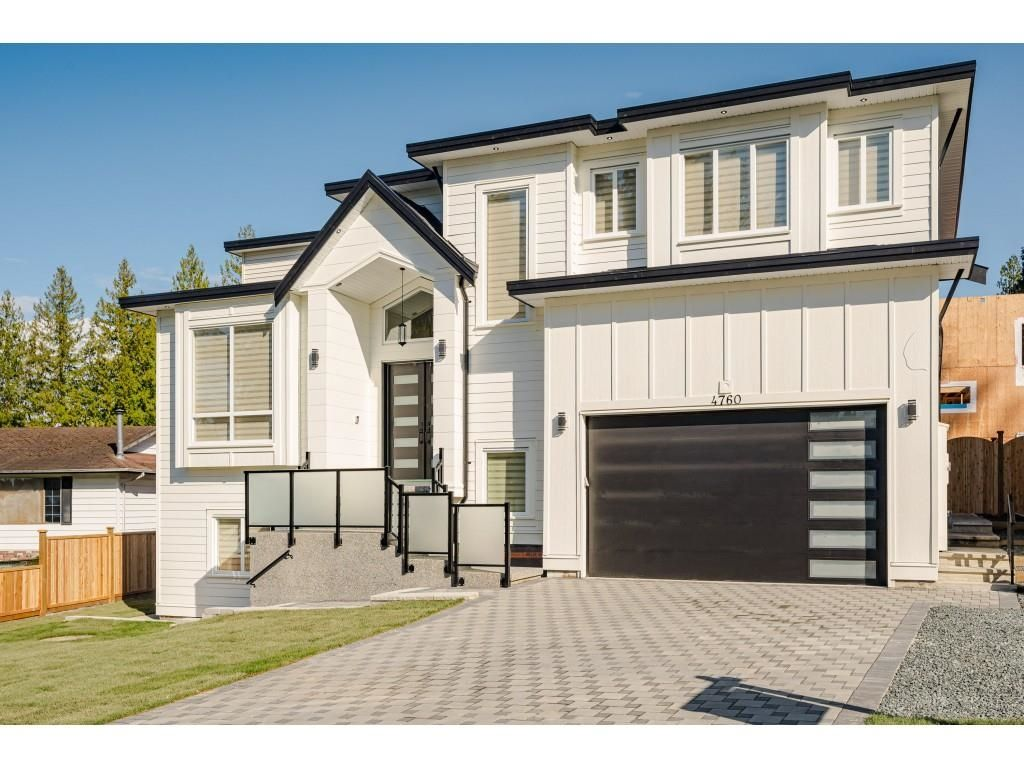 Main Photo: 20527 GRADE CRESCENT in Langley: Langley City House for sale : MLS®# R2602887