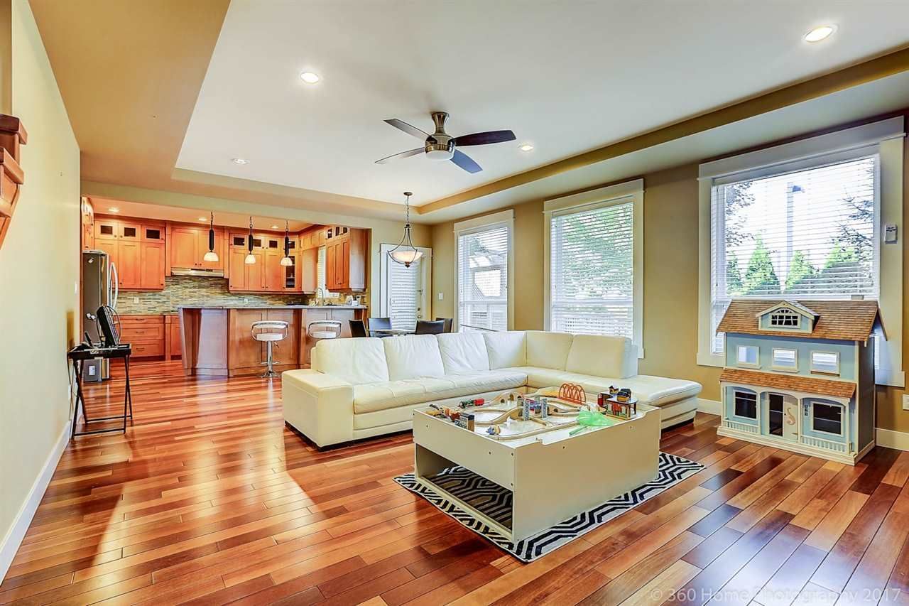 Photo 10: Photos: 8277 211 Street in Langley: Willoughby Heights House for sale : MLS®# R2208654