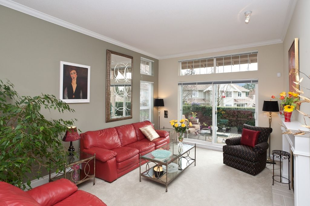 """Photo 3: Photos: 6 3405 PLATEAU Boulevard in Coquitlam: Westwood Plateau Townhouse for sale in """"PINNACLE RIDGE"""" : MLS®# V883094"""
