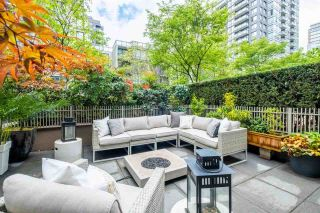 """Photo 1: 201 1055 RICHARDS Street in Vancouver: Downtown VW Condo for sale in """"Donovan"""" (Vancouver West)  : MLS®# R2575732"""
