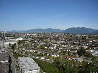 """Photo 2: PH3 4888 BRENTWOOD Drive in Burnaby: Brentwood Park Condo for sale in """"FITZGERALD"""" (Burnaby North)  : MLS®# V1076480"""