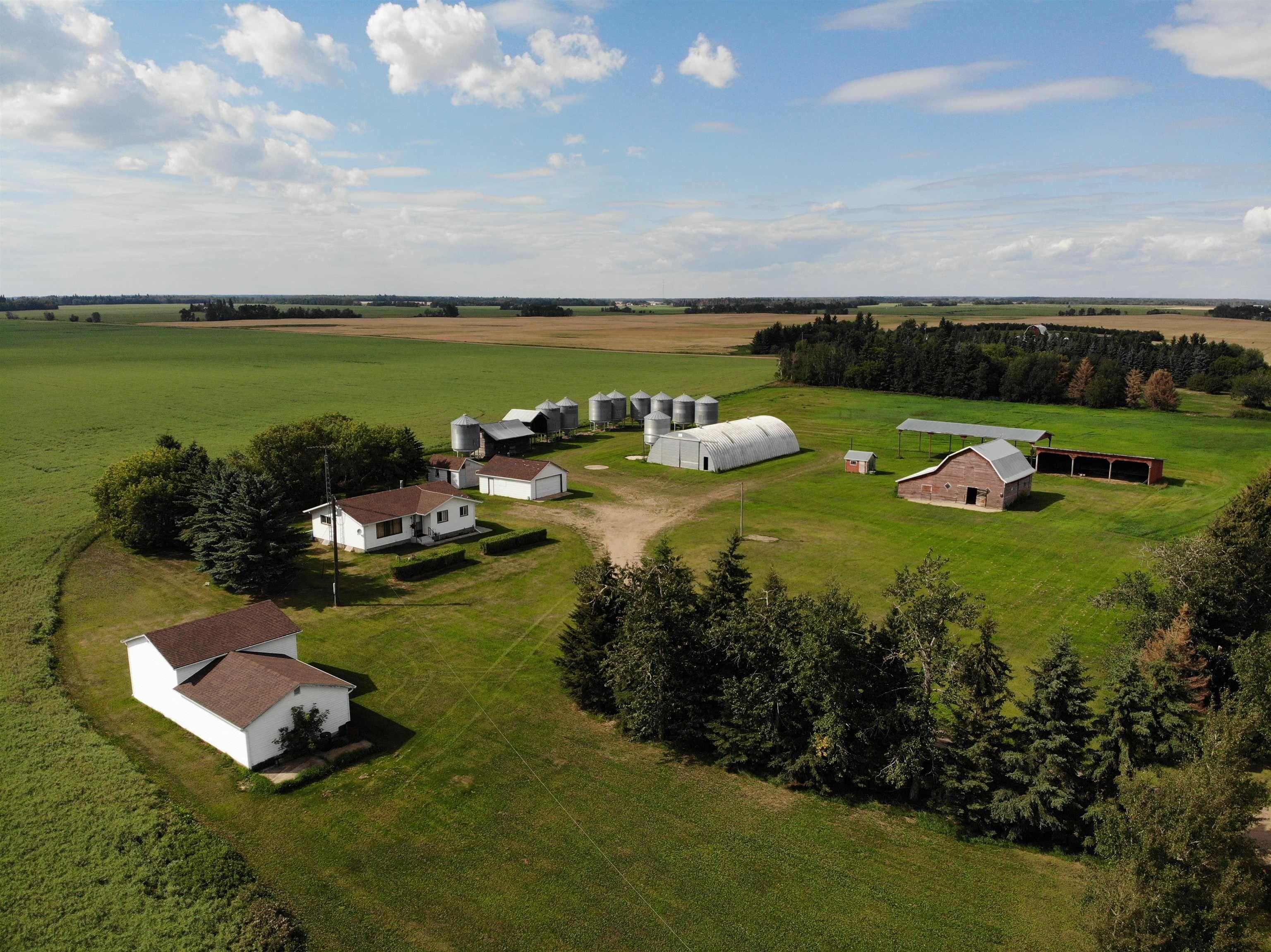 Main Photo: 59328 RR 212: Rural Thorhild County House for sale : MLS®# E4259024