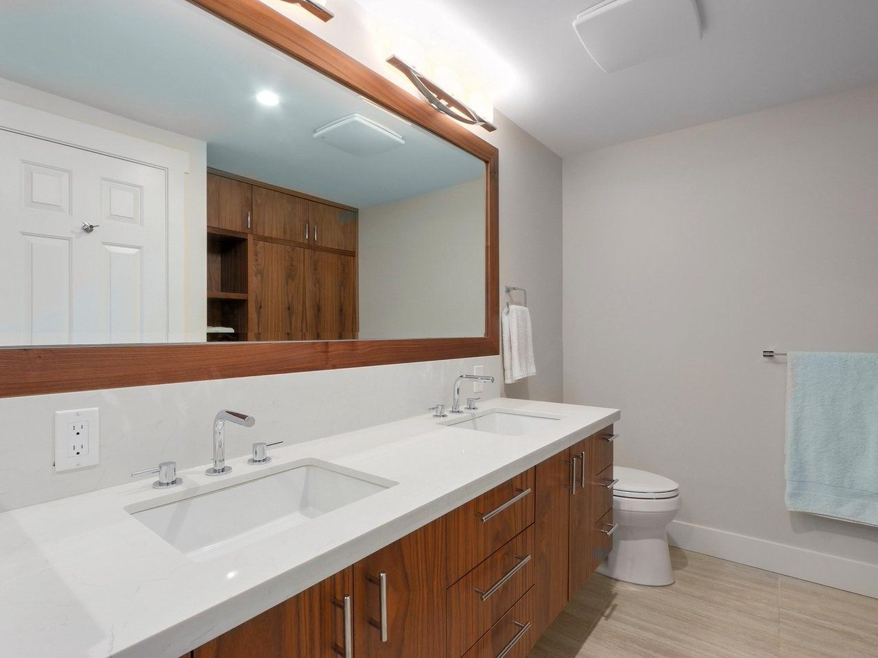"""Photo 13: Photos: 5916 NANCY GREENE Way in North Vancouver: Grouse Woods Townhouse for sale in """"Grousemont Estates"""" : MLS®# R2432954"""