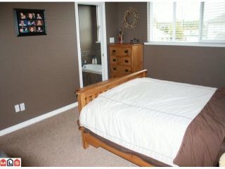 """Photo 7: 34807 1ST Avenue in Abbotsford: Sumas Mountain House for sale in """"HUNTINGDON"""" : MLS®# F1108749"""