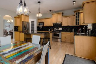 Photo 11: 1548 STRATHCONA Drive SW in Calgary: Strathcona Park Detached for sale : MLS®# C4292231