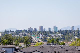 """Photo 4: 29 100 WOOD Street in New Westminster: Queensborough Townhouse for sale in """"RIVER'S WALK"""" : MLS®# R2600121"""