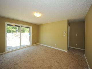 Photo 16: 3343 Merlin Rd in Langford: La Luxton House for sale : MLS®# 655013