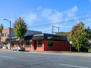 """Photo 20: 301 3480 MAIN Street in Vancouver: Main Condo for sale in """"THE NEWPORT"""" (Vancouver East)  : MLS®# R2503880"""