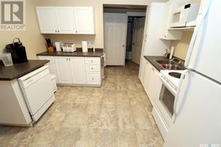 Photo 6: 304 1st ST W in Delisle: House for sale : MLS®# SK852362