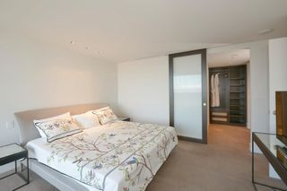 """Photo 10: 3404 667 HOWE Street in Vancouver: Downtown VW Condo for sale in """"PRIVATE RESIDENCES AT THE HOTEL GEORGIA"""" (Vancouver West)  : MLS®# R2575549"""