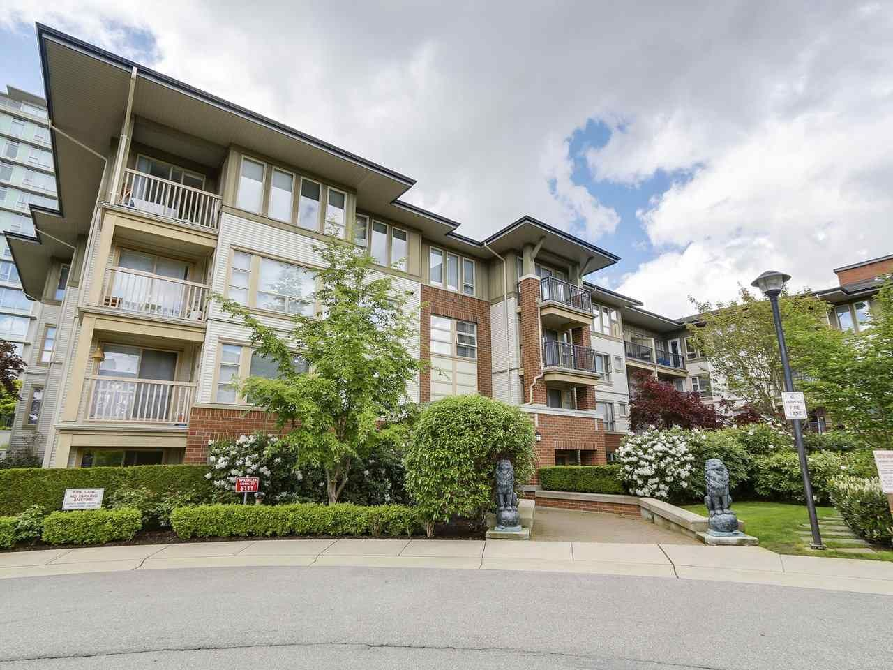 "Main Photo: 5311 5111 GARDEN CITY Road in Richmond: Brighouse Condo for sale in ""LIONS PARK"" : MLS®# R2167020"