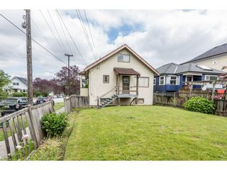 """Photo 3: 3330 MANITOBA Street in Vancouver: Cambie House for sale in """"CAMBIE VILLAGE"""" (Vancouver West)  : MLS®# R2183325"""