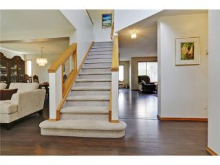 Photo 2: 9184 SCURFIELD Drive NW in CALGARY: Scenic Acres Residential Detached Single Family for sale (Calgary)  : MLS®# C3620615
